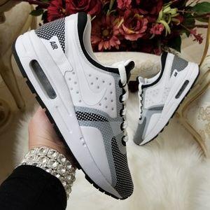 Nike Air Max Zero Essential Shoes